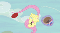 Fluttershy instinctively flinging the ball S6E18