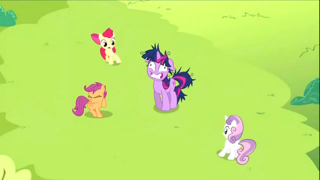 File:Twilight appearing to the CMC S2E3.png