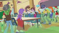 Canterlot High students arguing EG2