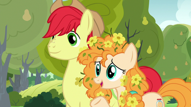 File:Pear Butter relieved to see Chiffon Swirl S7E13.png