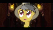 Daring Do looks to the left of the corridor S2E16