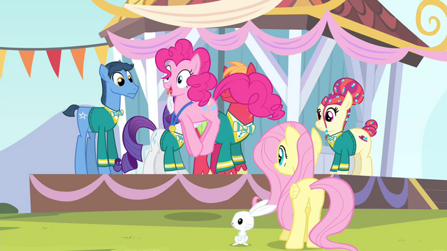 File:Pinkie Pie hopping while gobbling like a turkey S4E14.png