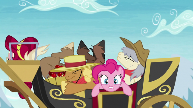 File:Stallions fall onto the carriage S5E11.png
