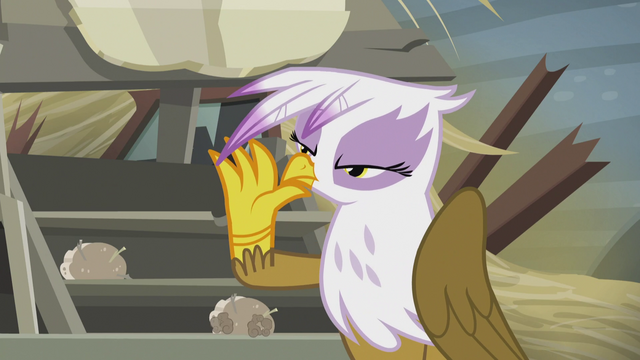 File:Gilda releases the scone from her hand S5E8.png