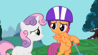 Sweetie Belle and Scootaloo looking worried S2E06