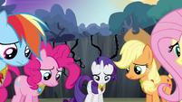 Twilight's friends losing hope S4E02