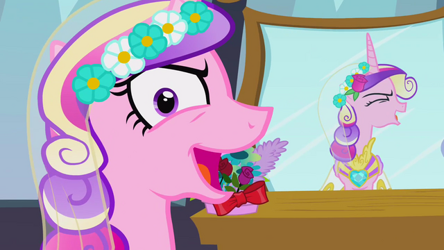 File:Chrysalis as Cadance 'all mine!' S2E26.png