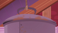 Giant pot of boiling apples S5E25.png