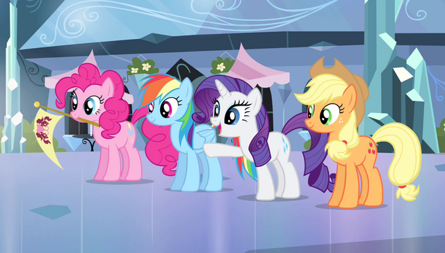 "File:Rarity ""there are our little superstars"" S4E24.png"