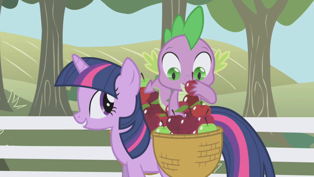 Spike picking an apple S01E03