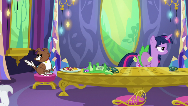 File:Twilight Sparkle goes to meet her friends S6E22.png