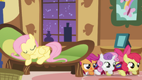 Fluttershy falls asleep while foalsitting S1E17