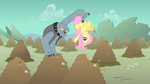 Fluttershy Fido hold by tail S01E19