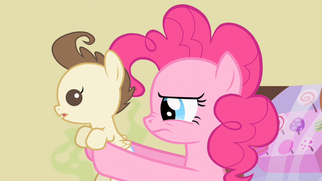 File:Pinkie Pie sniff sniff S2E13.png
