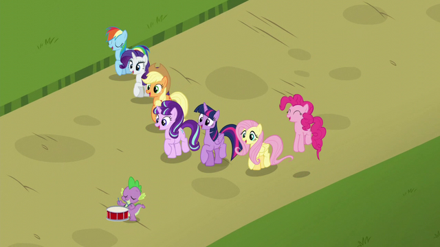 File:Mane 6, Spike (with a drum), and Starlight together S5E26.png
