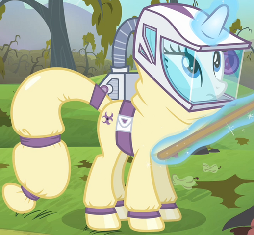 File:Rarity hazmat suit ID S4E7.png