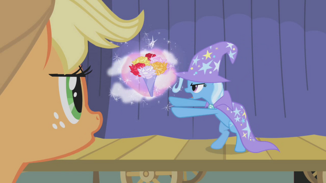 File:Applejack watches The Great and Powerful Trixie S01E06.png