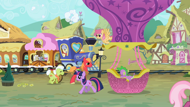 File:MLP opening train version 2.png