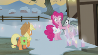 Pinkie Pie hugging Marble Pie S5E20