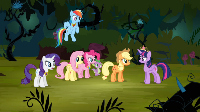 File:Rarity 'Applejack does make a valid point' S4E02.png