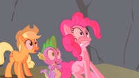 Spike Applejack & Pinkie Scared S1E15