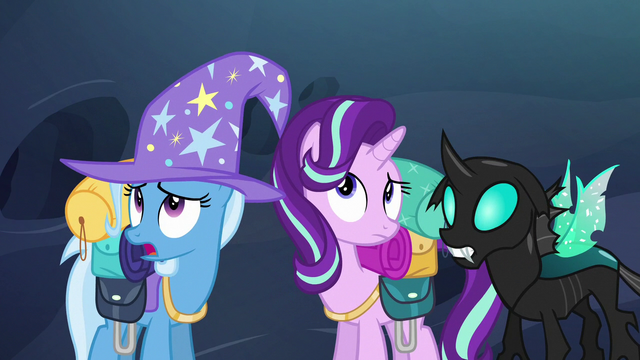 File:Starlight, Trixie, and Thorax hear buzzing S6E26.png