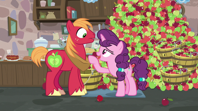File:Sugar Belle flirting with Big McIntosh S7E8.png