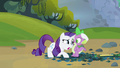 Rarity doing her part S3E9.png