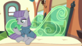 Maud and Boulder on the train S7E4.png