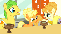 Young Applejack brings up roosters S1E23