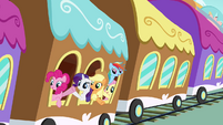 Everypony waving to Twilight S4E01