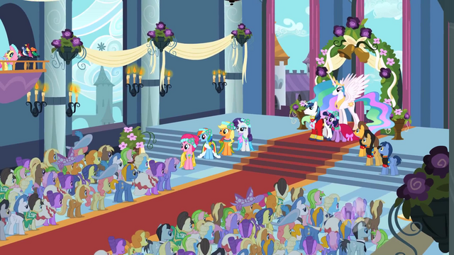 File:Royal Wedding crowd S2E26.png