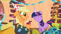 Applejack eating an apple S02E10.png