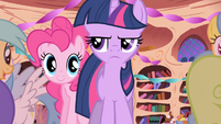 Pinkie Pie never stops talking S01E01
