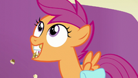 """Scootaloo with mouth full """"okay!"""" S7E7"""