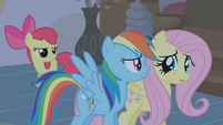 Apple Bloom behind Dash and Fluttershy S1E09