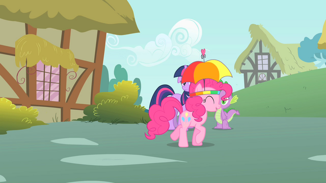 File:Pinkie Pie walks away S1E15.png