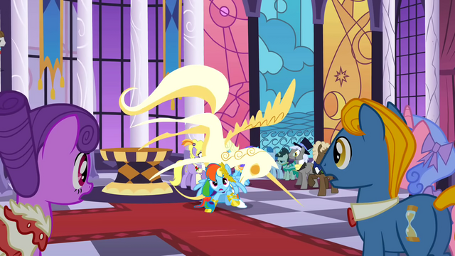 File:Rainbow can't handle it S1E26.png