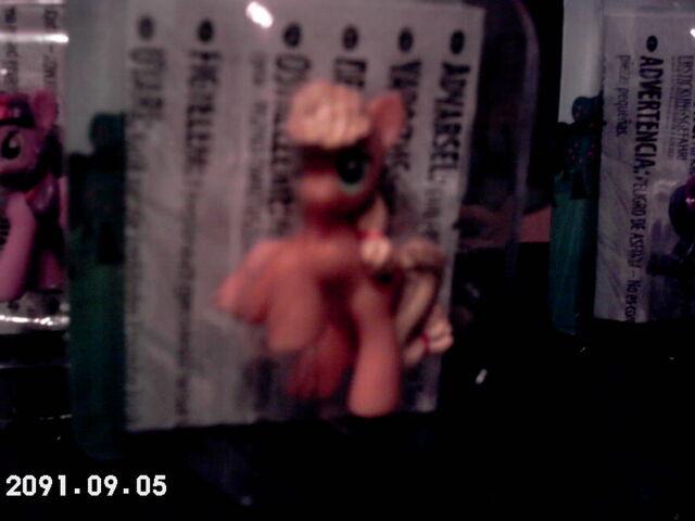 File:Toy Applejack in a box 2.jpg