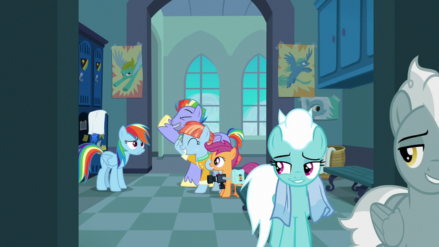 File:Fleetfoot and Silver Zoom smugly leave the locker room S7E7.png