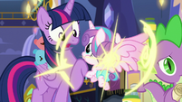 Flurry Heart teleports in front of Twilight S7E3