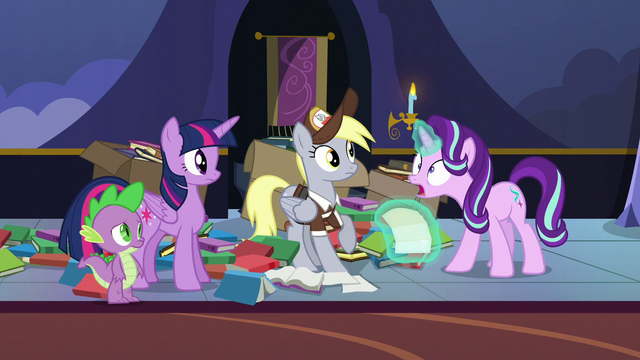 """File:Starlight """"invited me to the annual Sunset Festival!"""" S6E25.png"""