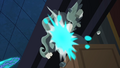 Exploding Statue S4E02.png