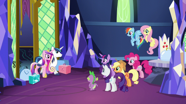 File:Twilight greeting Shining Armor and Cadance S5E19.png