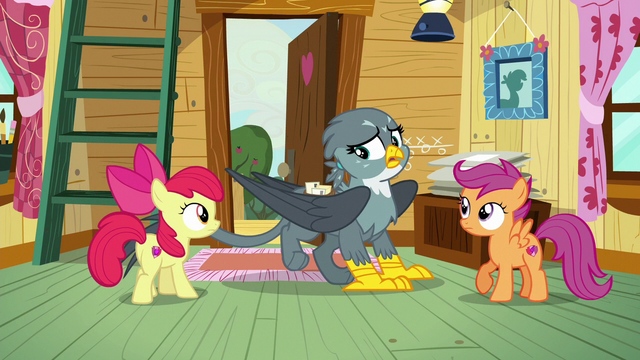 File:Gabby suddenly hides her cutie mark S6E19.png