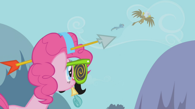File:Pinkie sees RD and Gilda fly off S1E05.png