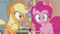 Pinkie hears her father say her full name S5E20