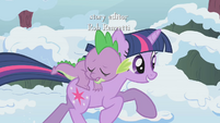 Twilight galloping toward town square S1E11