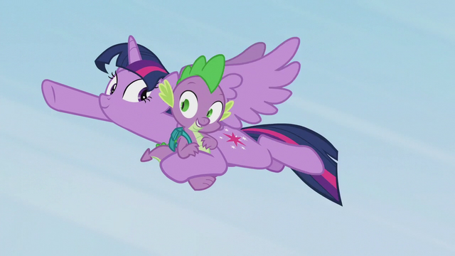 File:Spike thanks Twilight for the save S5E25.png