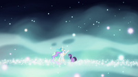 Twilight and Celestia in starry space S03E13